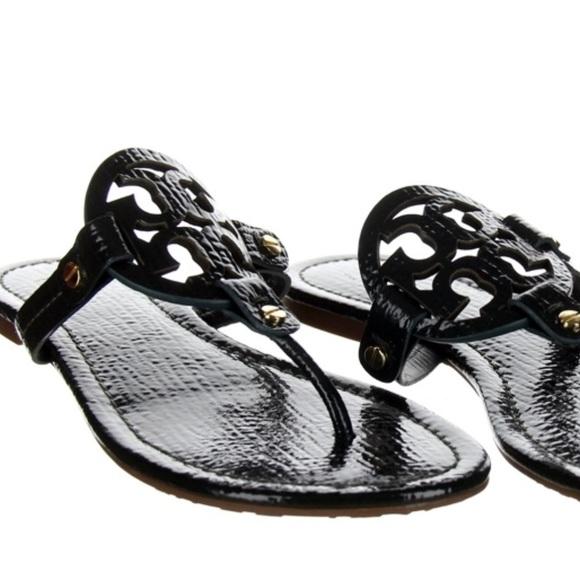 5d442d523fc8 Tory Burch Millers Jitney Green Patent Sandals. M 5aa36a60a4c48525026f4850